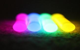 Глоустик - светящиеся палочки (ХИС) 100 х 10 мм DBT10100 (упаковка 25 шт.)